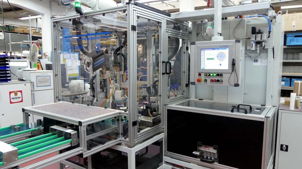 STÖBER automatisiert Magnetbestückung für LeanMotor