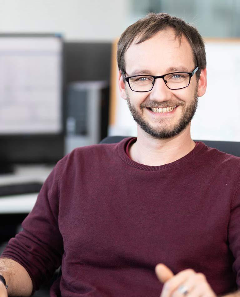 Leander Teschner ist seit 2016 bei STÖBER als Entwicklungsingenieur/ Softwareentwickler tätig.