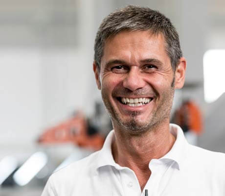 - Jürgen Leicht, gerente, Leicht Stanzautomation GmbH